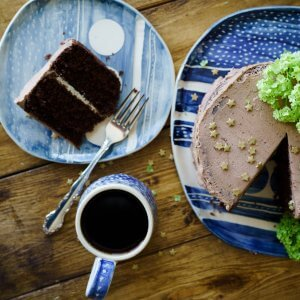 Explore the World of Tea With Your Favourite Cake